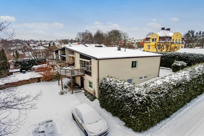 Bild: 8 rum villa på Trädgårdsvägen 11b, Lidingö kommun Brevik