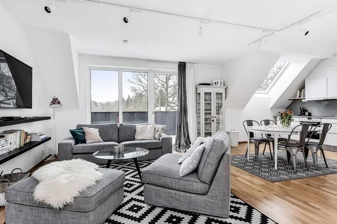 Bild: 4 rum bostadsrätt på Skyttevägen 15B, Nacka kommun Solsidan