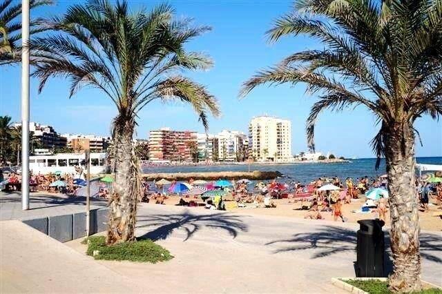 Bild: 2 rum bostadsrätt på Lägenhet i Torrevieja med stranden som granne!, Spanien