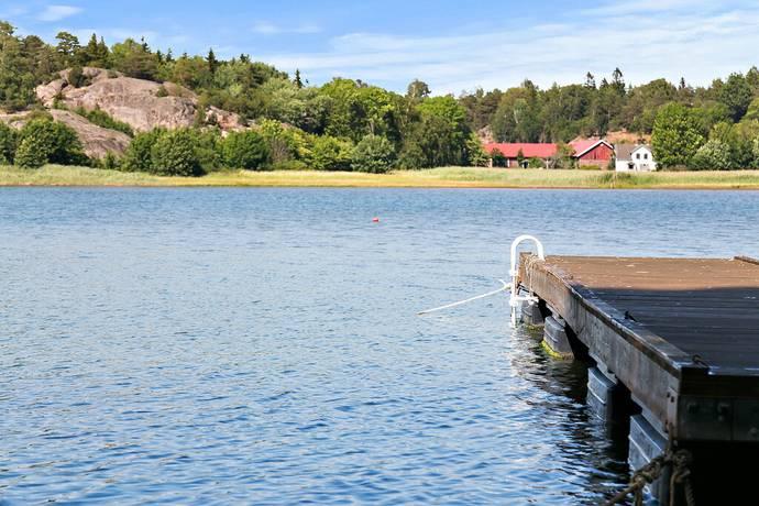 Bild: 9 rum villa på Klätta 1 A och B, Tanums kommun Västbacken-Klätta-Raftötången-Raftön-Mjölkeröd