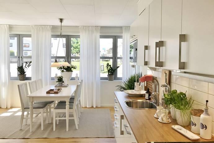 Bild: 2,5 rum bostadsrätt på Trädgårdsgatan 2 A, Tanums kommun