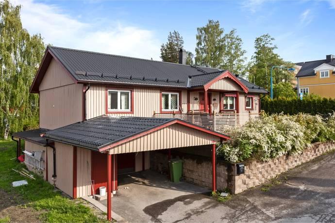 Bild: 5 rum villa på Östra Radiogatan 13, Sundsvalls kommun Skönsmon