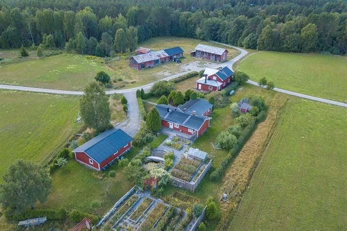 Bild: 10 rum villa på Backetorp 3, Hagfors kommun Bergsäng