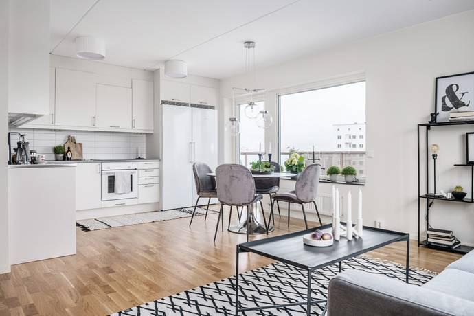 Bild: 4 rum bostadsrätt på Stenkvistavägen 10, Stockholms kommun Högdalen