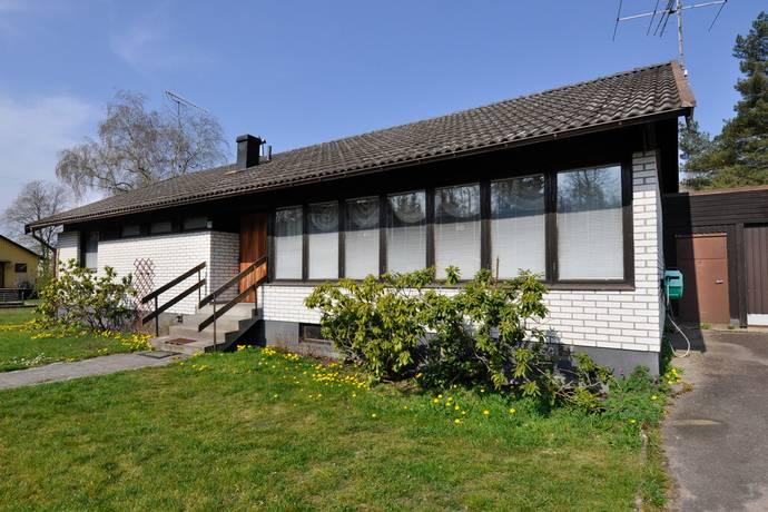 Bild: 5 rum villa på Mjärydsvägen 39, Markaryds kommun Strömsnäsbruk