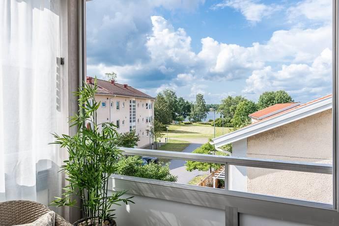 Bild: 4 rum bostadsrätt på Vinamans Väg 2, Växjö kommun Kampen