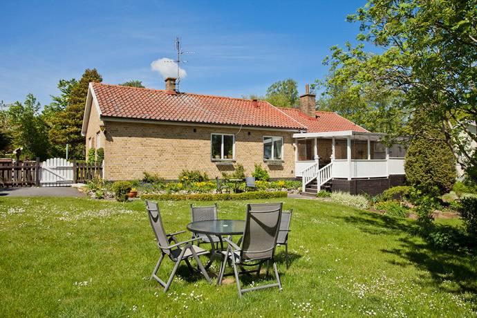 Bild 0: 4 rum villa på Tobisborgsgatan 8, Simrishamns kommun Simrishamn
