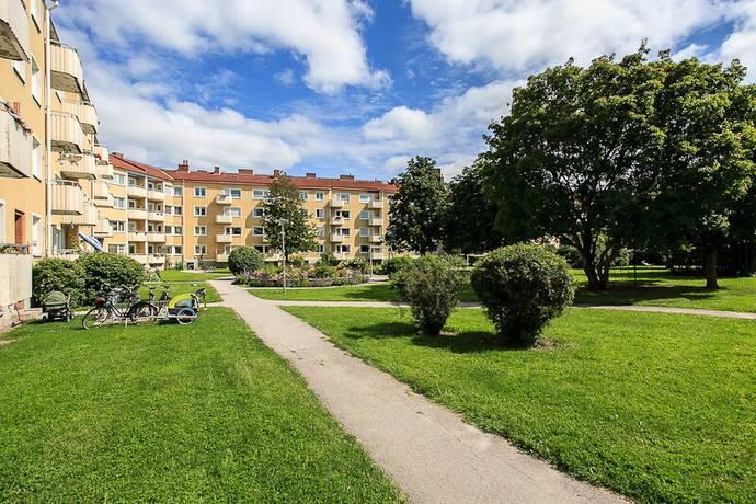 Bild: 1 rum bostadsrätt på Hällbygatan 32 E, Uppsala kommun Luthagen / Stabby