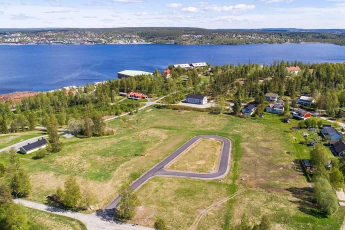 Bild: tomt på Stallbacken 20, 21, 22, (23, 24 sålda) 25, 26, 27, Örnsköldsviks kommun Stallbacken