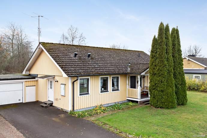 Bild: 5 rum villa på Falköpingsvägen 51A, Falköpings kommun Kinnarp