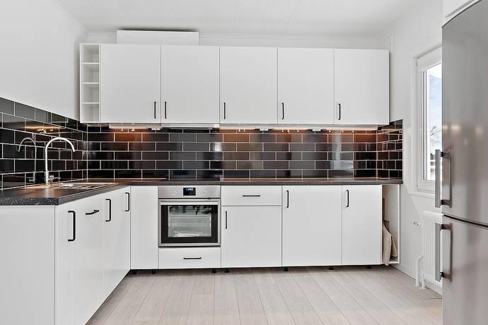 Bild: 9 rum villa på Storgatan 6, Tranemo kommun Limmared