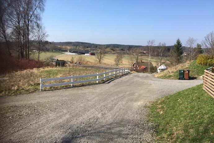 Bild: tomt på Över-Restad, Kungälvs kommun Restad