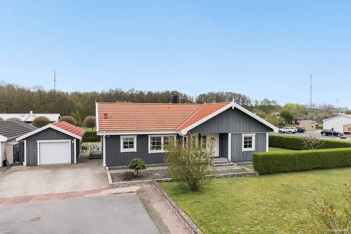 Bild: 4 rum villa på Ågas Väg 4, Kristianstads kommun Yngsjö/Furuboda