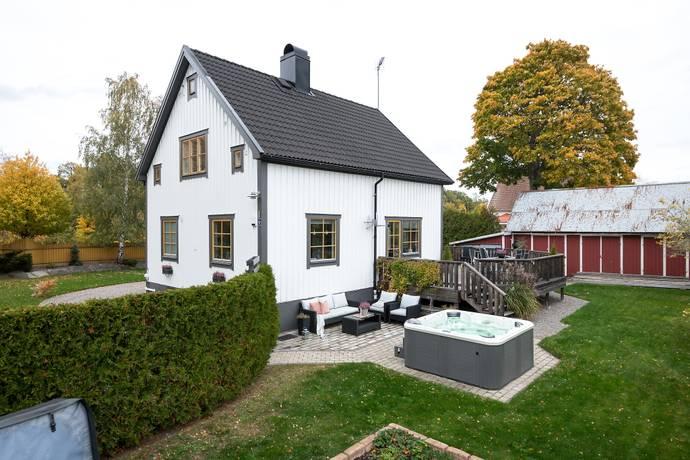 Bild: 4 rum villa på Dalgångsvägen 1, Oxelösunds kommun Stenvik