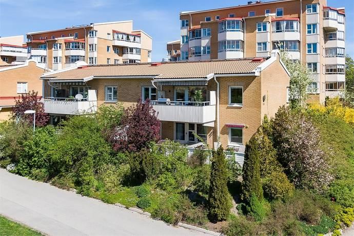 Bild: 4 rum bostadsrätt på Kyrkängsbacken 18, Huddinge kommun Fullersta