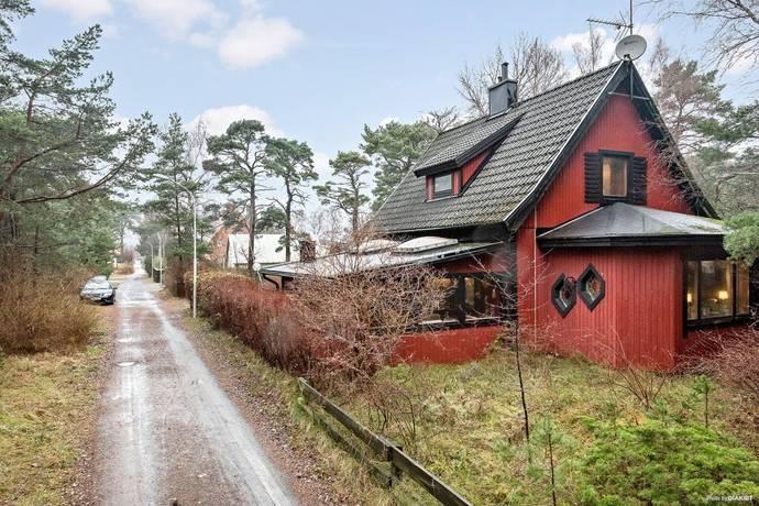 Bild: 5 rum villa på Björkstigen 13, Kristianstads kommun Äspet