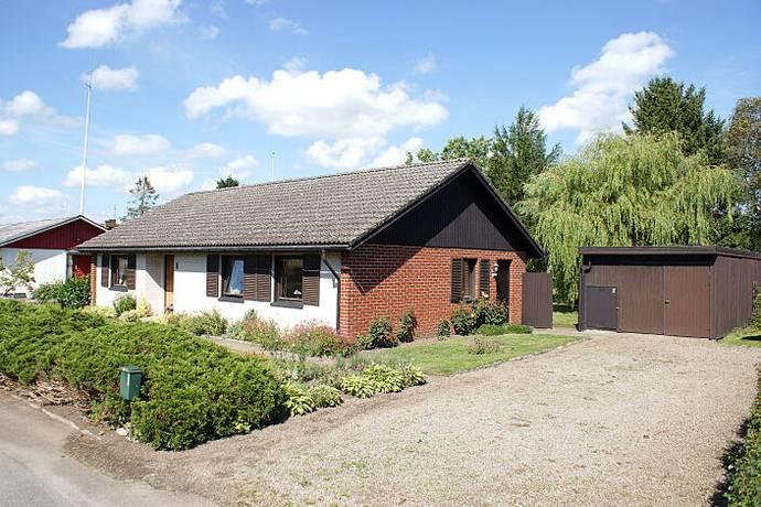 Bild: 3 rum villa på Grönegatan 8, Sjöbo kommun Lövestad