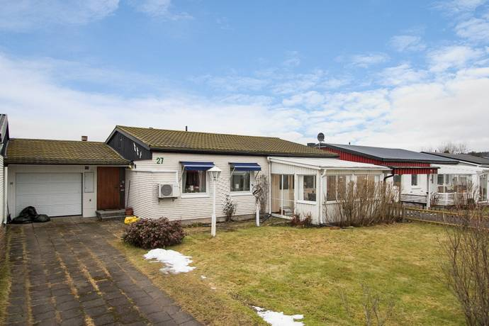 Bild: 5 rum radhus på Böljevägen 27, Karlskoga kommun Sandviken