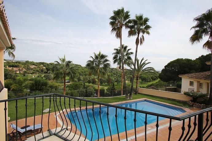 Bild: 6 rum villa på Fantastisk villa belägen frontline golf mot Rio Real Golf!, Spanien Marbella - Rio Real