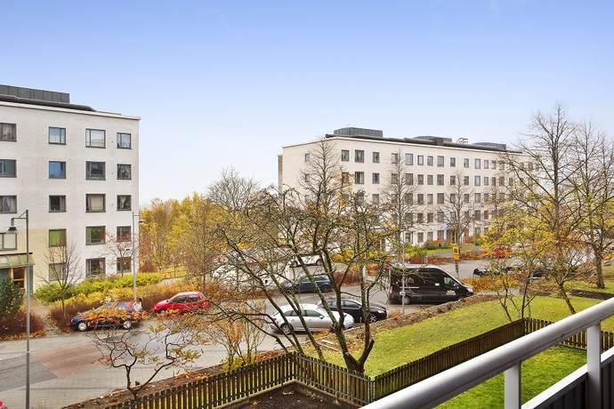 Bild: 3 rum bostadsrätt på Ekholmsvägen 226, Stockholms kommun Skärholmen