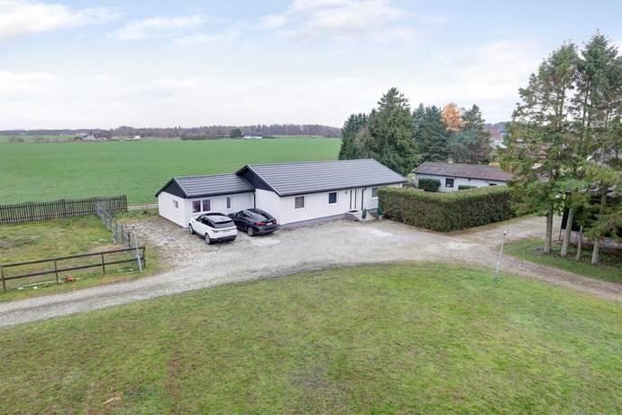 Bild: 5 rum gård/skog på Berga 223, Eslövs kommun