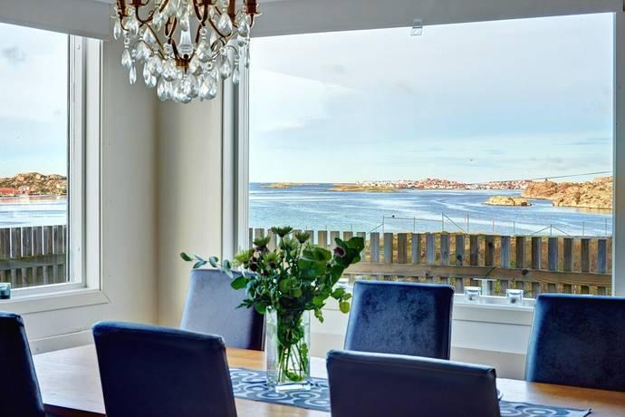 Bild: 6 rum villa på Dalenvägen 23, Tjörns kommun Rönnäng