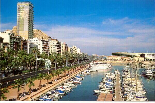 Bild: 4 rum bostadsrätt på Bo i centrala Alicante för ett otroligt pris!, Spanien