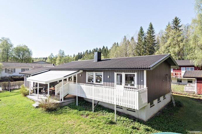 Bild: 8 rum villa på Vainos Väg 3, Östersunds kommun Valla Norra