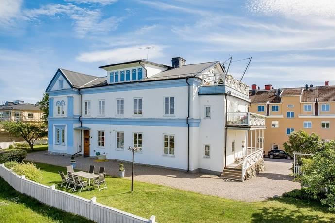 Klostergatan 22 I Strängnäs Bostadsrättslägenhet Till Salu Hemnet