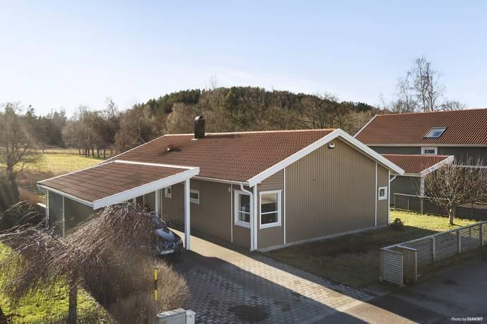 Bild: 5 rum villa på Rådjursstigen  12, Stenungsunds kommun