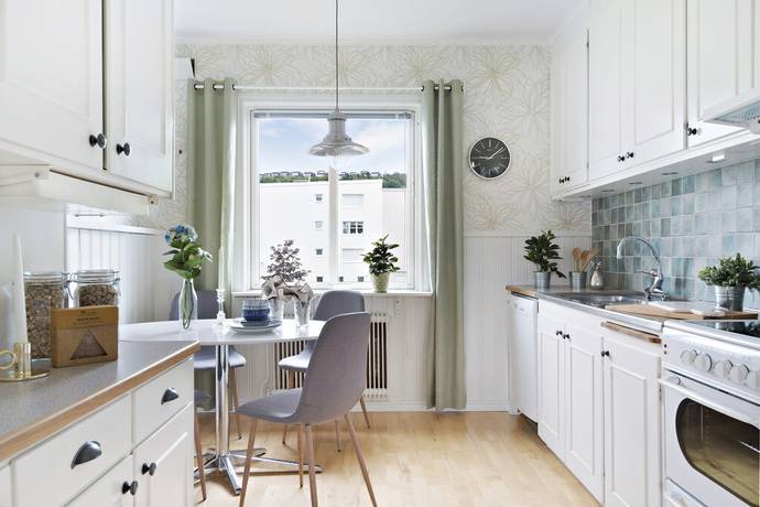 Bild: 3 rum bostadsrätt på Byvägen 10B, Ale kommun Bohus