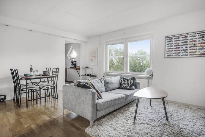 Bild: 2 rum bostadsrätt på Kungsklippevägen 19, Huddinge kommun