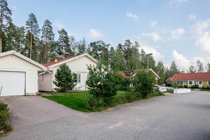 Bild: 4 rum villa på Sågmadsvägen 12, Lessebo kommun Lessebo