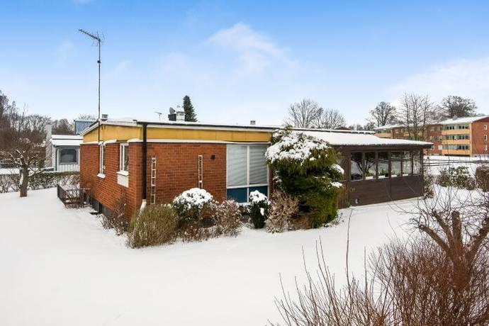 Bild: 4 rum villa på Ängsgatan 1, Östra Göinge kommun Sibbhult