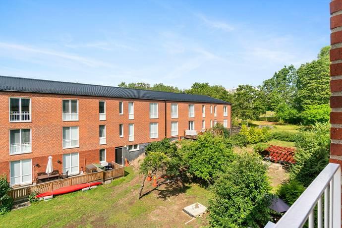 Bild: 3,5 rum bostadsrätt på Lammholmsbacken 224, Huddinge kommun Vårby Gård