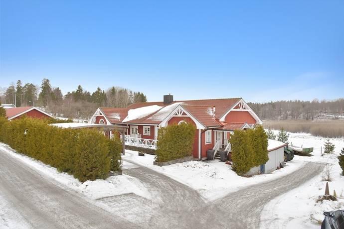 Bild: 10 rum villa på Tysslinge 11, Södertälje kommun