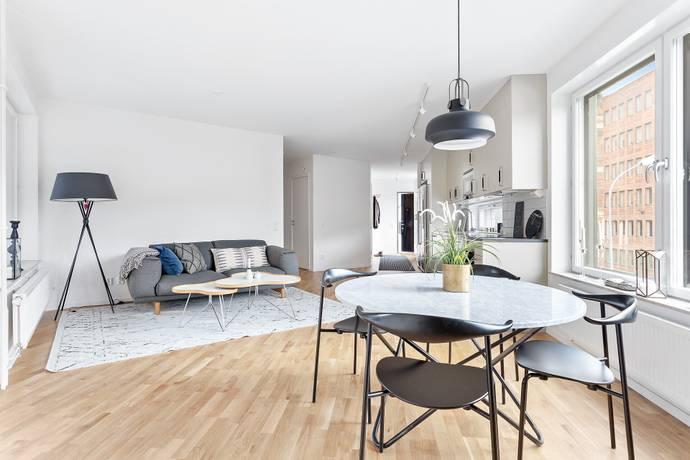 Bild: 4 rum bostadsrätt på Nibblevägen 6A, Järfälla kommun Jakobsberg