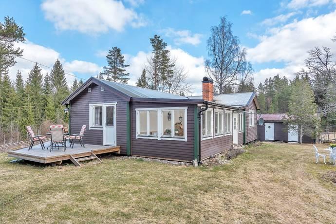 Bild: 3 rum villa på Västra Hållstavägen 90, Norrtälje kommun Lohärad