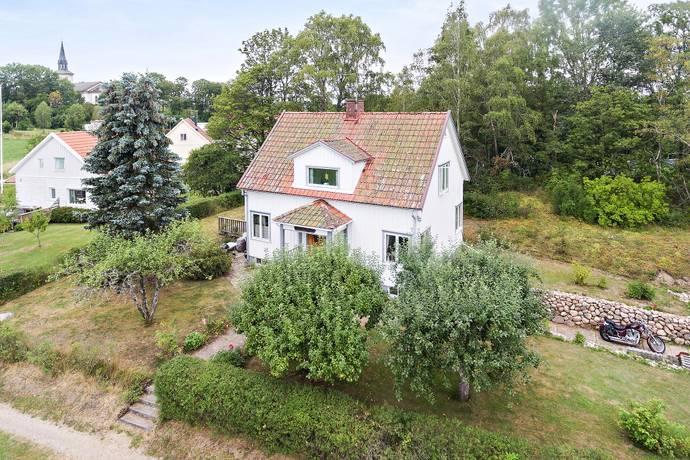 Bild: 6 rum villa på Afzelius väg 3, Vara kommun