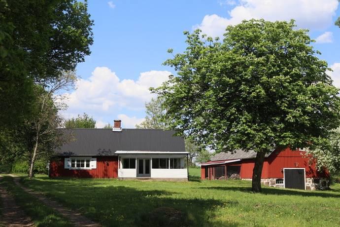 Bild: 4 rum gård/skog på Bållalt 24A-B, Laholms kommun
