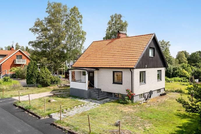 Bild: 4 rum villa på Sveagatan 8, Lessebo kommun Hovmantorp