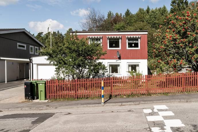 Bild: 6 rum villa på Smedvägen 63, Botkyrka kommun Tullinge