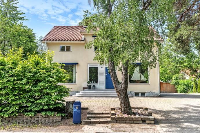 Bild: 9 rum villa på Stationsvägen 15, Danderyds kommun Djursholm Ekeby
