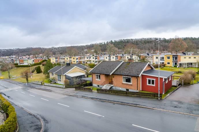 Bild: 5 rum villa på Rogbergavägen  81, Jönköpings kommun Huskvarna