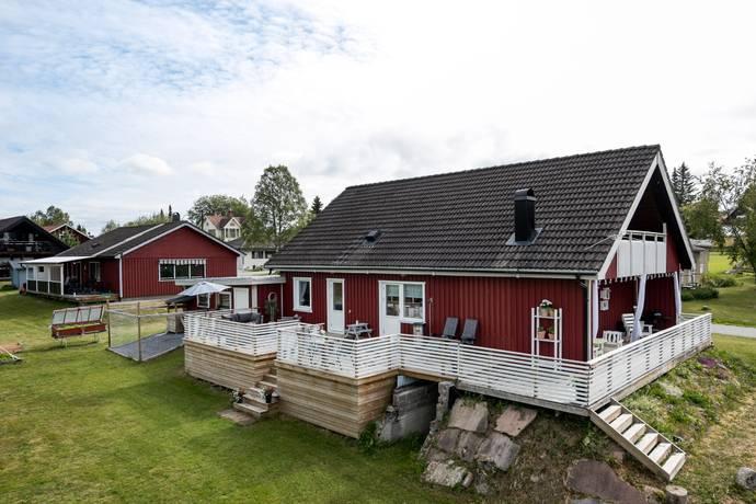 Bild: 6 rum villa på Kyrkvaktarvägen 3, Bräcke kommun Fjällsta