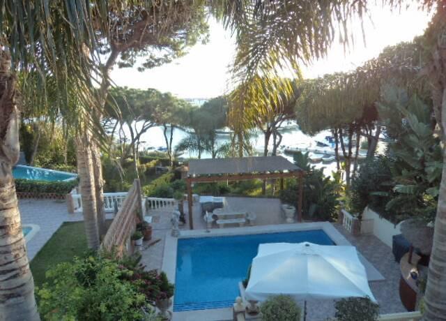 Bild: 5 rum villa på Villa i Cabopino, Málaga, Spanien Cabopino
