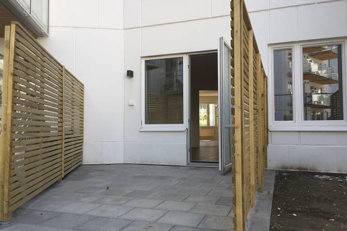 Bild: 2 rum bostadsrätt på Pettersbergsvägen 4, bv, Upplands-Bro kommun Brunna Park
