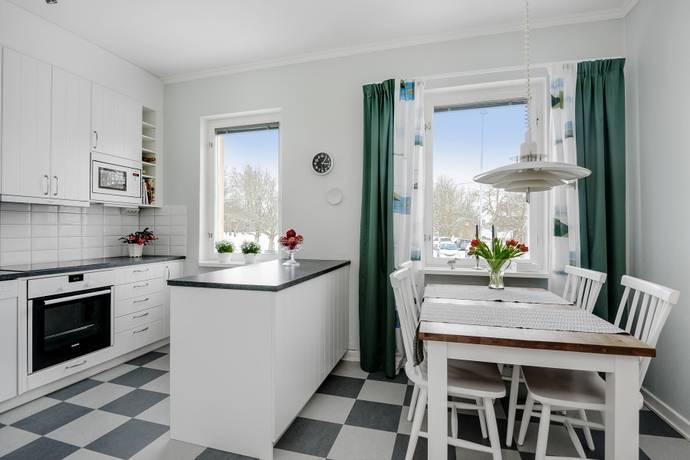 Bild: 1 rum bostadsrätt på Värtavägen 85 C, 1 tr, Täby kommun Viggbyholm
