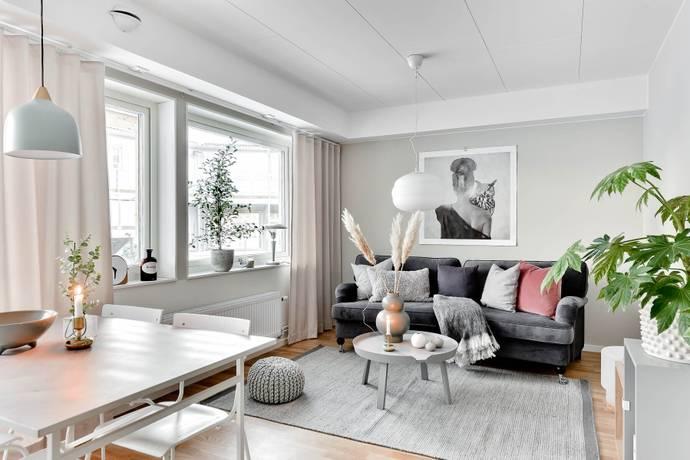 Bild: 2 rum bostadsrätt på Kavaljersvägen 14 E, Umeå kommun Umedalen
