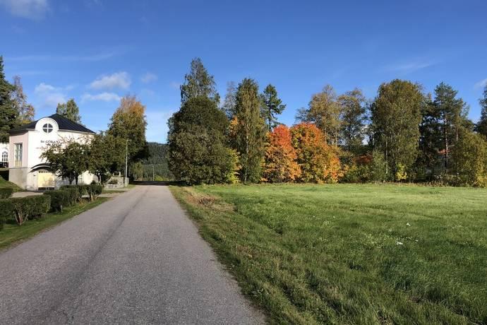 Bild: tomt på Sockenvägen 21, Ljusdals kommun FÄRILA